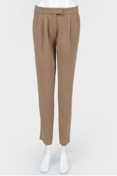 Укороченные бежевые брюки со стрелками