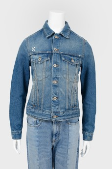 Джинсовая куртка с вышивкой