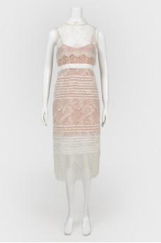 Кружевное платье с воротником