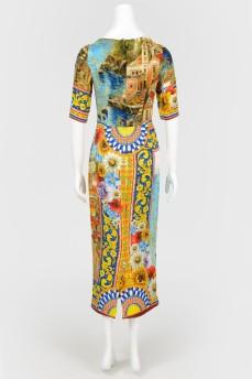 Платье в живописный принт