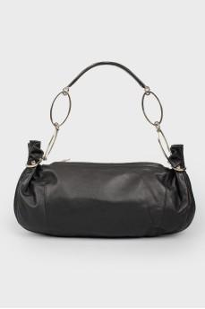 Черная сумка-багет