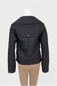 Стеганная куртка с воротником