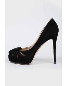 Замшевые черные туфли на шпильке