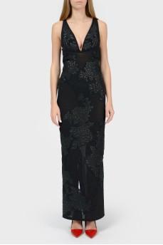 Платье макси с глубоким V-вырезом
