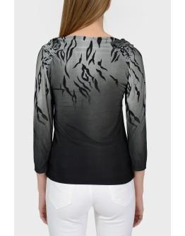 Серая блуза с вырезом-хомутом