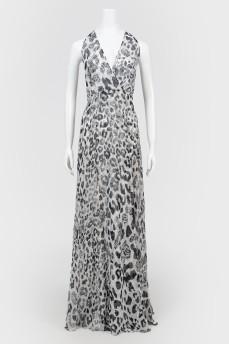 Полупрозрачное платье с разрезами
