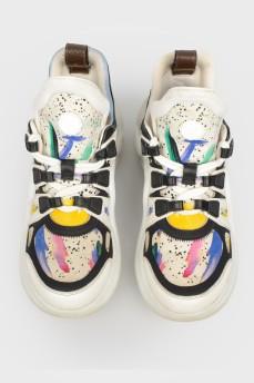 Белые кроссовки Archlight