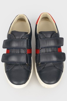 Детские кожаные кроссовки на липучках