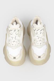 Кроссовки Triple S