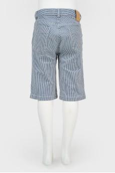 Удлиненные шорты в полоску