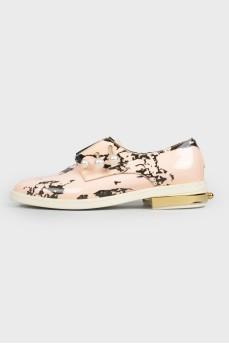 Туфли с жемчужным декором с биркой