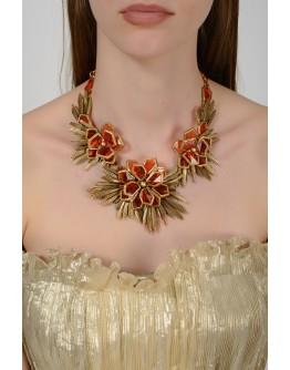 Золотистое ожерелье в виде цветов с янтарными камнями с биркой