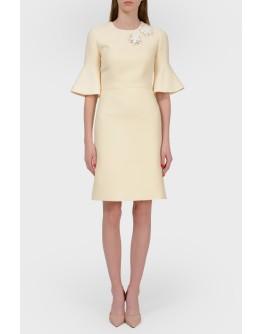 Платье миди с расклешенным рукавом с биркой