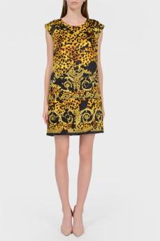 Платье прямого кроя в абстрактный принт
