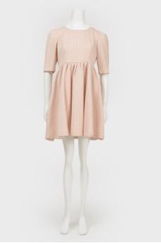Платье в мелкий принт круги