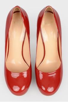 Туфли красные лакированные на шпильке