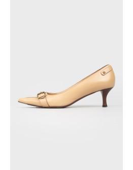 Кожаные туфли с пряжкой