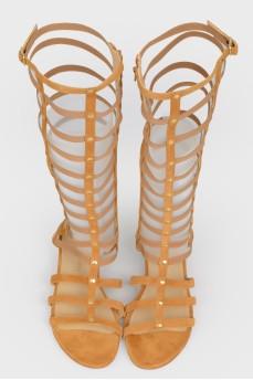 Высокие сандалии в римском стиле с биркой