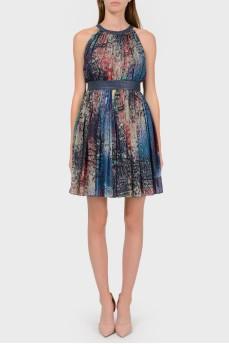 Шелковое платье с кожаным поясом