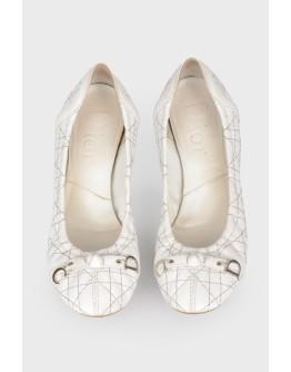 Кожаные балетки с серебристой прострочкой