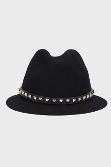 Черная шляпа из ангоры с кожаной тесьмой