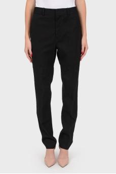 Классические зауженные черные брюки