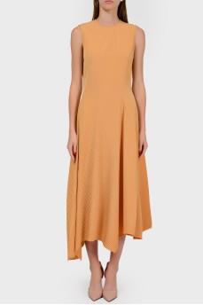 Платье с гофрированной асимметричной юбкой