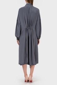 Шелковое платье-оверсайз на затяжках
