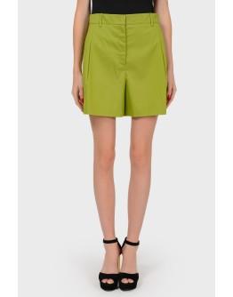 Зеленые шорты с карманами