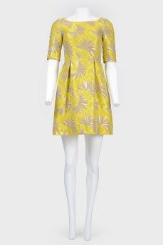 Платье желтое в цветочный принт