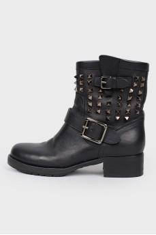 Кожаные ботинки  с металлическими шипами