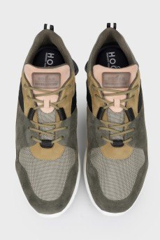 Мужские кроссовки с биркой
