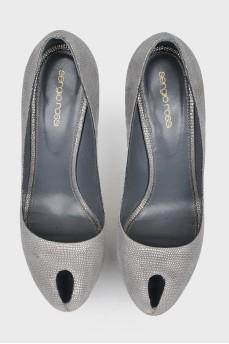 Туфли с серебристым принтом