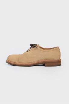 Мужские туфли на шнуровке