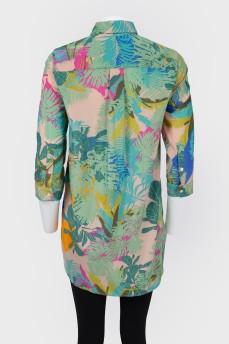 Короткое платье-рубашка на пуговицах