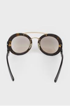 Солнцезащитные очки с фигурными дужками