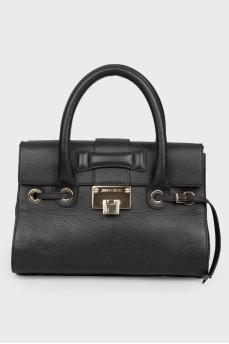 Черная сумка с двумя ручками