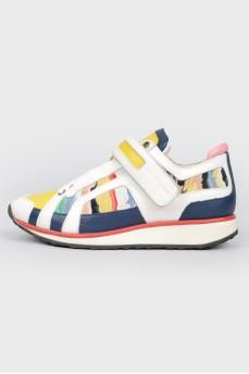 Разноцветные кроссовки на липучке и шнуровке