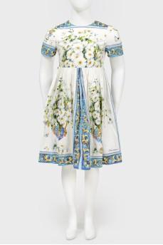 Платье в крупный цветочный принт