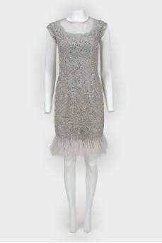 Платье вечернее в стразах и с перьями