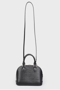 Маленькая черная сумка ALMA