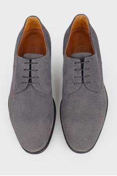 Серые мужские туфли из нубука