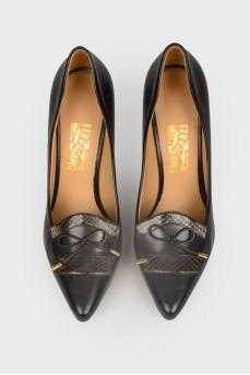 Туфли со вставками из змеиной кожи