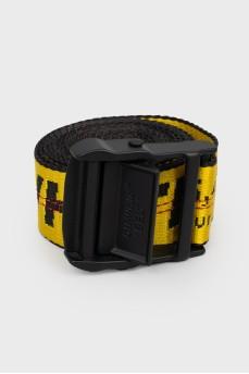 Черно-желтый ремень с пряжкой
