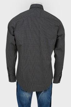 Мужская рубашка с уплотненным воротником
