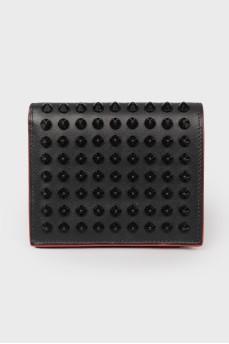Кожаный кошелек с шипами