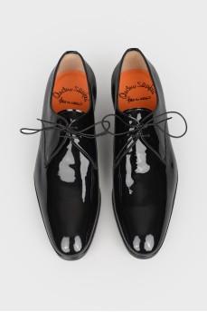 Туфли мужские из лакированной кожи со шнурками