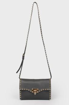 Сумка Rockstud Medium Leather Shoulder Bag