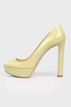 Винтажные лакированные туфли с открытым носком