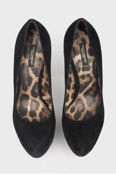 Винтажные замшевые туфли на высокой шпильке
